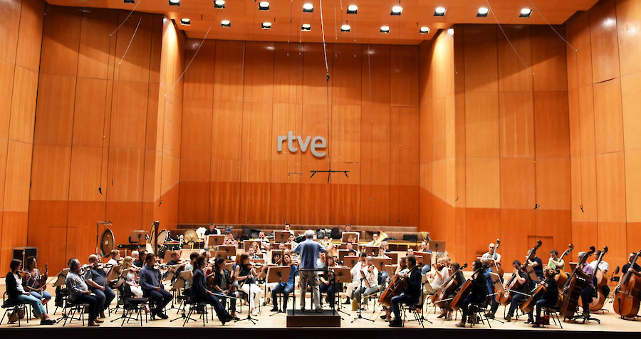 A Tribute to Silvestre Revueltas with Spain's Radio and TV Symphony Orchestra
